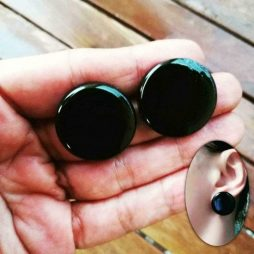 Καρφωτά στρογγυλά σκουλαρίκια από ρητίνη
